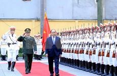 Insta premier de Vietnam a mantener seguridad nacional en cualquier circunstancia
