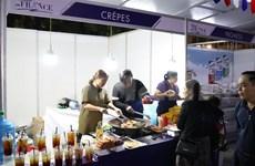 Acoge Hanoi mayor fiesta de gastronomía de Francia en Vietnam