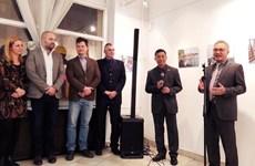 Exhibición fotográfica da inicio a actividades por 70 años de lazos Vietnam-Hungría