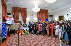 Celebran vietnamitas en Estados Unidos y Tailandia fiestas por Año Nuevo Lunar 2020