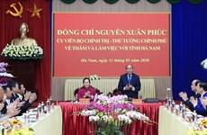 Premier vietnamita entrega resolución sobre establecimiento de municipio de Duy Tien en Ha Nam