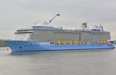 Arriba a Vietnam moderno crucero internacional de cinco estrellas