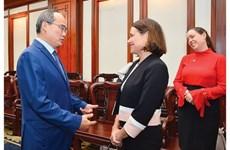 Promete Ciudad Ho Chi Minh mejores condiciones para inversores de Australia