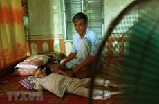 Mejoran calidad del cuidado a víctimas vietnamitas del Agente Naranja