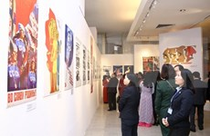 Exposición en Hanoi destaca a las mujeres de la Unión Soviética