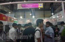 Vietnam participa en exposición internacional del sector plástico en la India