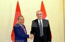 Robustecen cooperación Vietnam-Suiza