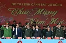 Premier vietnamita inspecciona disposición combativa de la fuerza de respuesta rápida