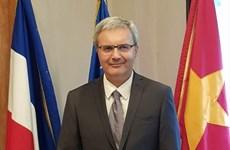 Embajador francés desea experimentar un Tet de Hanoi
