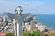 La mayor estatua de Cristo en Vietnam