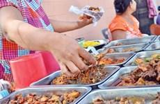 Decenas de alumnos hospitalizados por intoxicación alimentaria en Camboya