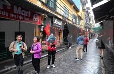 Crecen número de viajeros a Hanoi durante el Tet