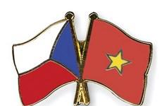 Envía Vietnam felicitaciones por aniversario 70 del establecimiento de relaciones con República Checa