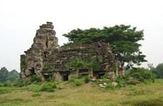 Hallan antigua estatua del león en complejo de templos de Camboya