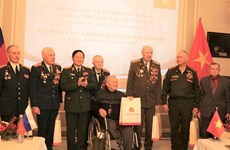 Reiteran agradecimiento a veteranos rusos por respaldo a pasada lucha de Vietnam