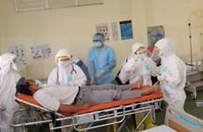 Ciudad vietnamita pone en funcionamiento hospital de campaña para hacer frente a coronavirus