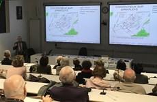 Efectúan en Francia seminario sobre Vietnam y el Mar del Este
