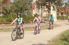 Ciudad vietnamita pone en funcionamiento turismo en bicicletas inteligentes