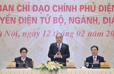 Insta premier de Vietnam a facilitar acceso a servicios de gobierno electrónico