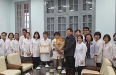 Vietnam honra a grupo investigador por cultivo de nuevo coronavirus