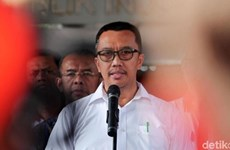 Acusado exministro de Juventud y Deportes de Indonesia de recibir soborno