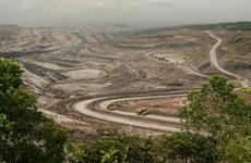 Flexibiliza  Indonesia restricciones en ley minera