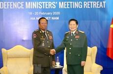 Cooperación en defensa, pilar de nexos Vietnam-Camboya