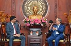 Ciudad Ho Chi Minh promete ofrecer condiciones favorables a inversores