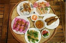 Banh Cuon hecho de pitahaya roja: nuevo plato para promover el consumo de fruta especial de Vietnam