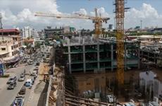 Suspende Camboya proyectos de capital estatal