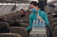 Pasajeros deberán llevar mascarillas sanitarias en vuelos y aeropuertos de Vietnam