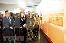 Exposición conmemora aniversario del Comité del Partido Comunista de Vietnam en Hanoi