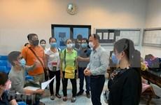 Embajada de Vietnam en Tailandia apoya a connacionales para regresar al país
