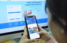 Ofrecen servicio gratuito de transferencia de dinero para la lucha contra COVID-19 en Vietnam