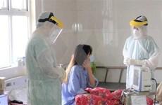 Más pacientes de coronavirus en Vietnam dan negativo en nuevos exámenes