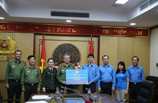 Trabajadores en Vietnam aportan su granito a lucha contra COVID-19