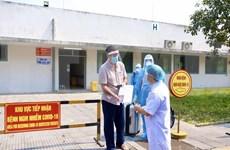 Dan de alta a otro paciente con COVID-19 en Vietnam