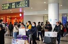 Vietnam suspende llegadas de vuelos internacionales de pasajeros