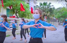 Juventud de Hanoi participa en campaña de elevar conciencia pública sobre COVID-19