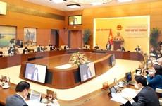 Comité Permanente del Parlamento vietnamita debate políticas de respaldo a pobladores