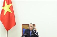 Premieres de Vietnam y la India evalúan cooperación binacional para repeler el COVID-19