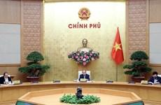 Premier vietnamita enfatiza importancia de fluidez económica en combate contra pandemia