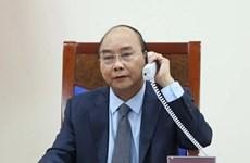 Premieres de Vietnam y Rusia debaten cooperación bilateral en medio de COVID- 19