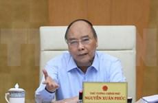 Premier vietnamita insta a sancionar manipulación de precios y acaparamiento de productos