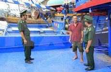 Provincia vietnamita supervisa instalación de equipos de monitoreo en barcos pequeros