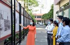 Presentan en Vietnam exposición virtual por Día de Liberación del Sur y Reunificación Nacional