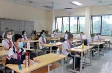 Estudiantes vietnamitas regresan a las aulas meses después de suspensión de jornadas escolares