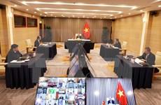 Premier vietnamita participa en reunión online de Movimiento de Países no Alineados