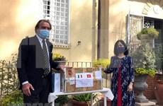 Vietnam une manos con Italia en lucha contra el COVID-19