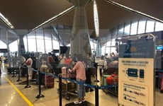 Vietnamitas en Malasia regresan al país de manera segura